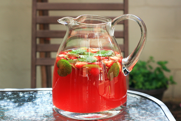 Strawberry Iced Tea - Things for Boys