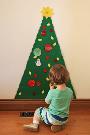 Play Felt Christmas Tree