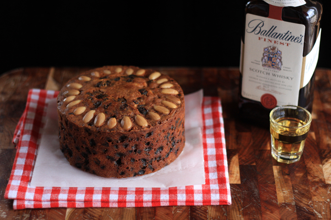 Edible Gifts for Men: Fruit Cake